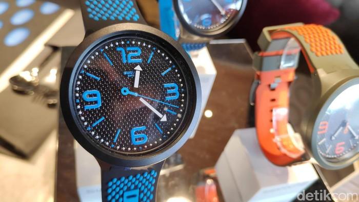 Swatch Big Bold/Foto: Moch Prima Fauzi/detikcom