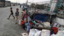 Potret Kemiskinan di Tengah Gemerlapnya Kota Jakarta