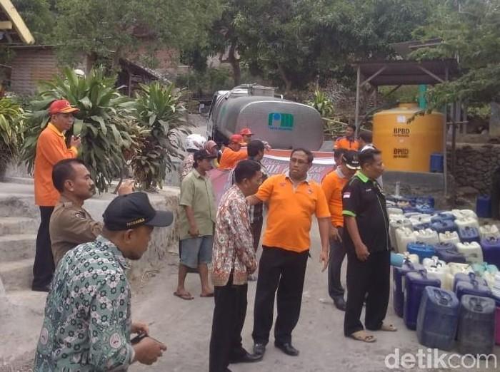 BPBD Kabupaten Mojokerto distribusikan air bersih/Foto: Istimewa