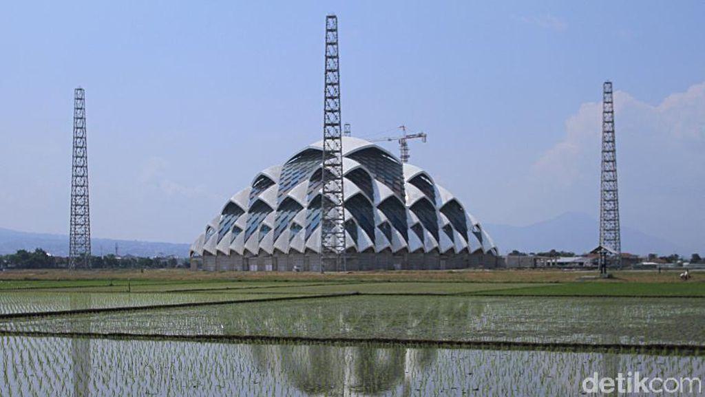 Yuk, Lihat Progres Pembangunan Masjid Apung Al-Jabbar Bandung