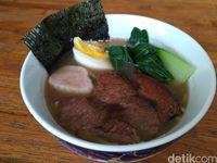 KO'JU : Gurih Juicy Saikoro Beefsteak dengan Saus Spesial