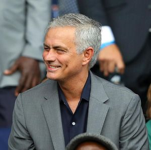 Gaji Mourinho di Tottenham Dua Kali Lipat dari Pochettino