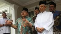 Terkait soal pemerintahan, Cak Imin mengaku perihal kursi menteri juga akan menjadi topik pembicaraan.