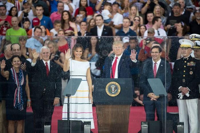 Donald Trump dan istrinya, Melanie. Foto: Getty Images
