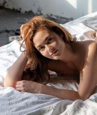 Anna Anufrieva, PNS yang dipecat karena foto tanpa busana di majalah Playboy kini hidup terlunta-lunta