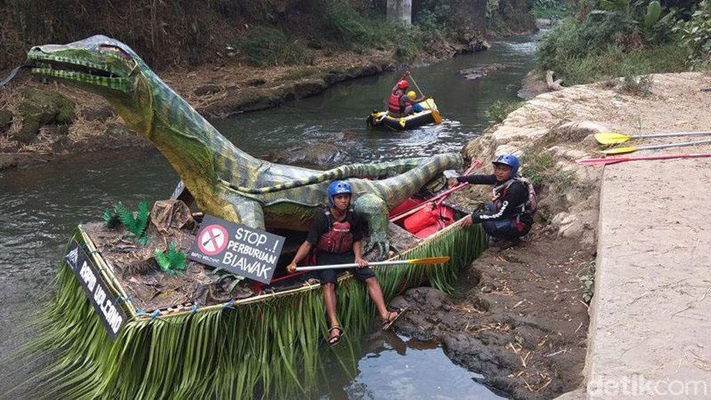 Kemeriahan Lomba Perahu Hias di Sungai Elo Magelang