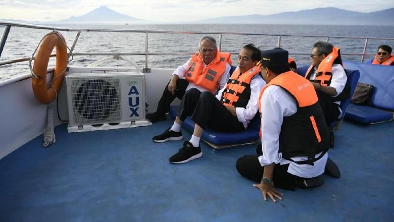 Begini Gaya Jokowi Saat Berkunjung ke Bunaken