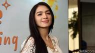 Terpana Angel Karamoy di Foto Seksi Ini, Pikiran Netizen Tak Beraturan