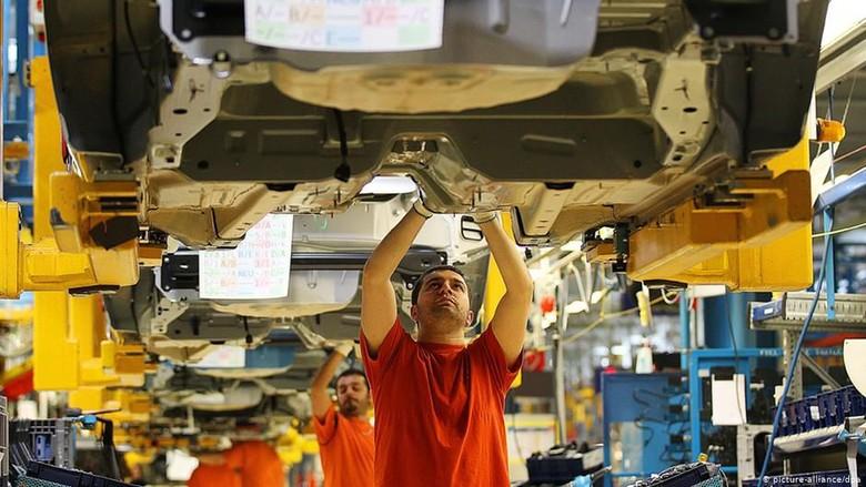 Makin Banyak Perusahaan Jerman Terapkan Pemotongan Jam Kerja