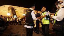 Penerbangan Pertama Embarkasi Batam Terbangkan 450 Calon Jemaah Haji