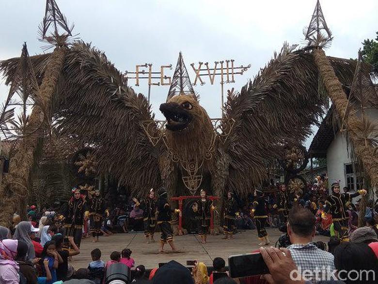 Foto: Festival Lima Gunung (Eko Susanto)