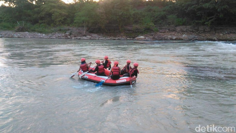 Arung Jeram di Sungai Bili Bili (Ibnu Munsir/detikcom)