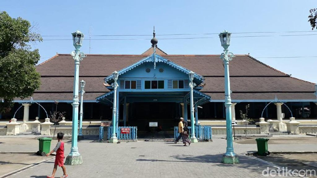 Woro-woro! Masjid Agung Solo Tak Gelar Jumatan Hari Ini