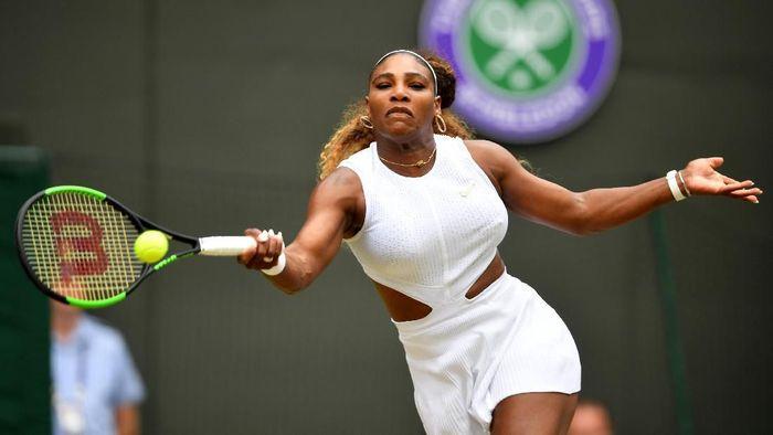 Serena Williams lolos ke babak keempat Wimbledon 2019 (Foto: Mike Hewitt/Getty Images)