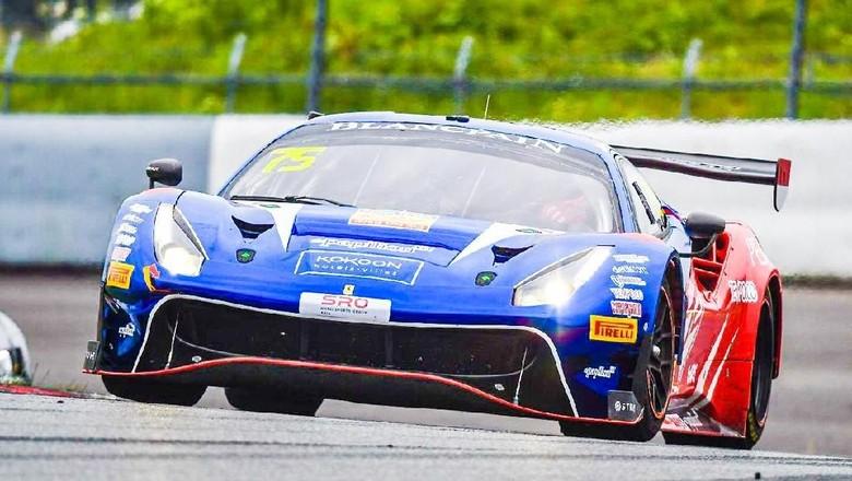 Mobil balap Ferrari 488 GT3 yang digunakan Rio Haryanto dan David Tjiptobiantoro Foto: Dok.T2 Motorsports