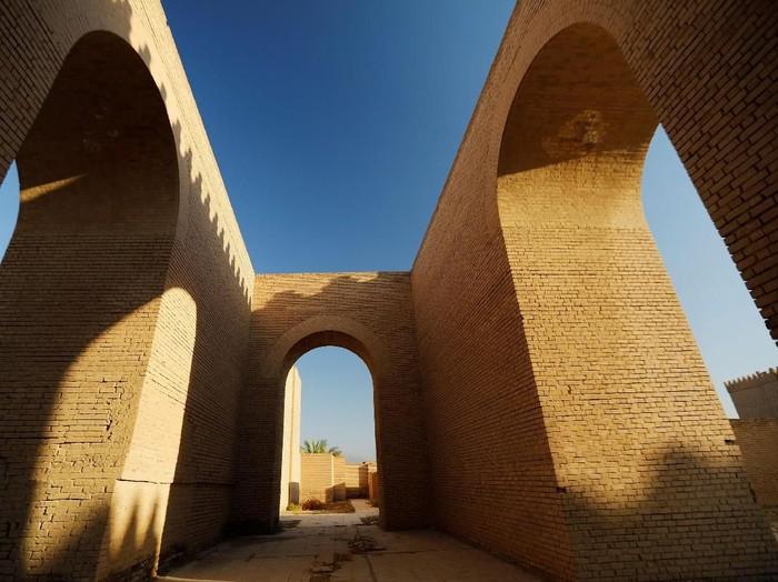 Kisah Raja Namrud yang Diazab Allah karena Sombong/Foto: Thaier Al-Sudani/Reuters