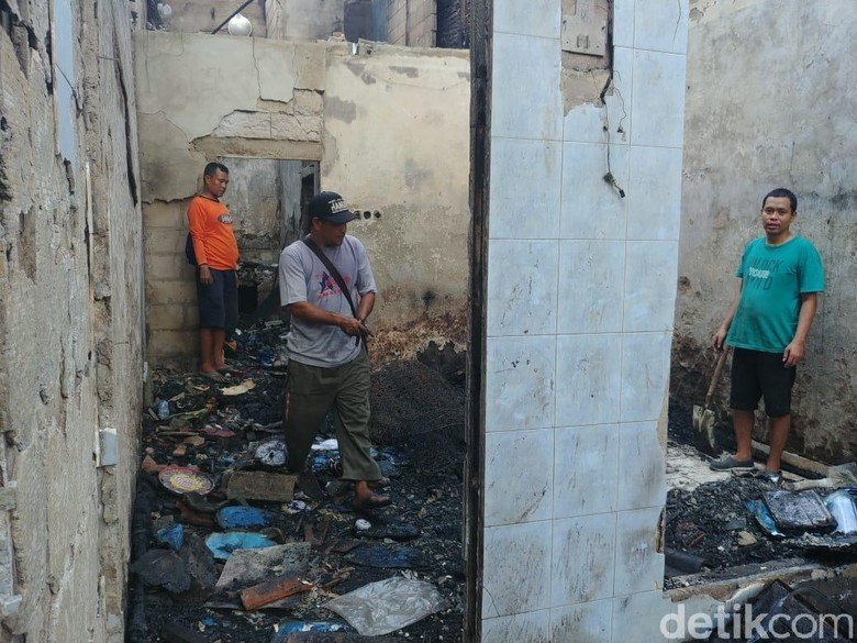 Korban Kebakaran Jatinegara Harapkan Bantuan Anies
