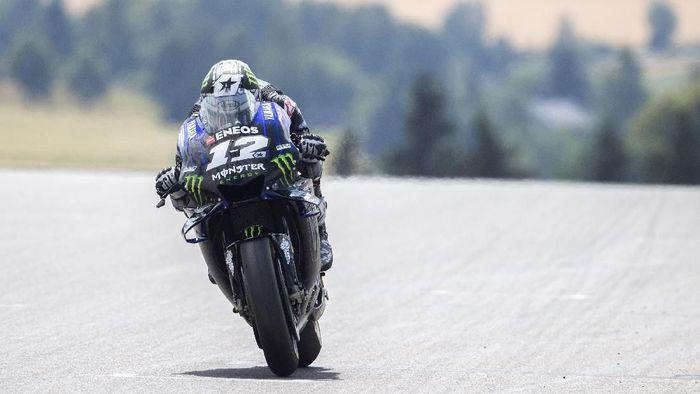 Maverick Vinales kini berada di atas Vlentino Rossi pada klasemen MotoGP 2019 (Mirco Lazzari gp/Getty Images)