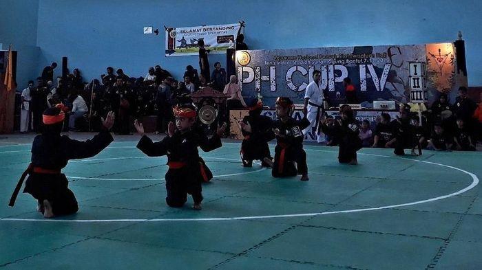 Kejuaraan nasional pencak silat di Bantul, DIY. (Foto: Pradito Rida Pertana)