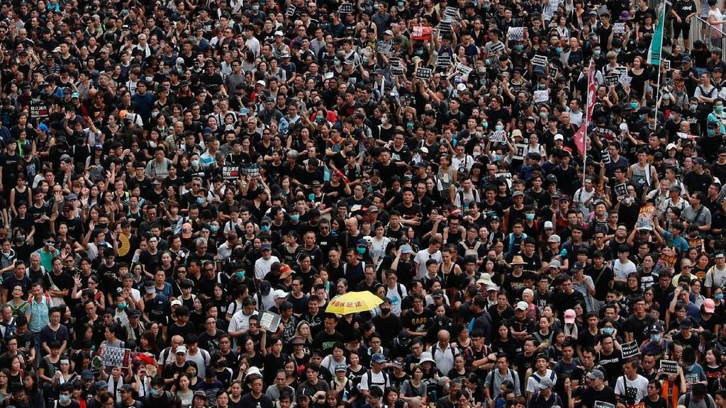 150 Penerbangan Dibatalkan Gara-gara Demo di Hong Kong