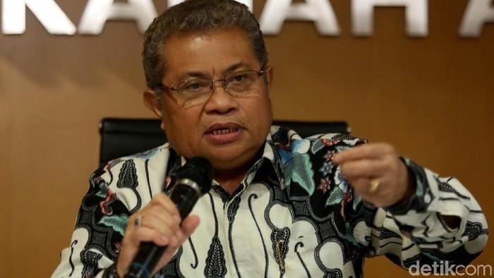 Juru Bicara Mahkamah Agung (MA) Andi Samsan Nganro memberikan keterangan pers terkait putusan PK Baiq Nuril. Apa saja yang dibahas?