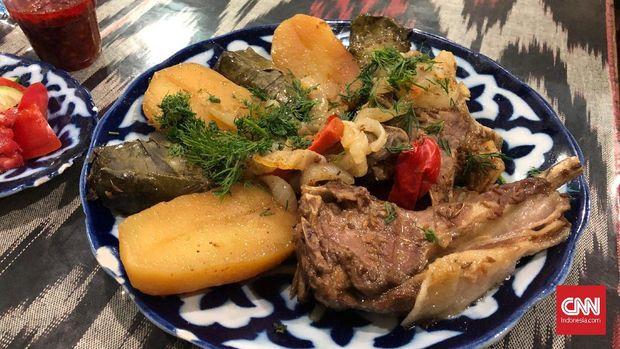 Makanan di Ferzan Cafe