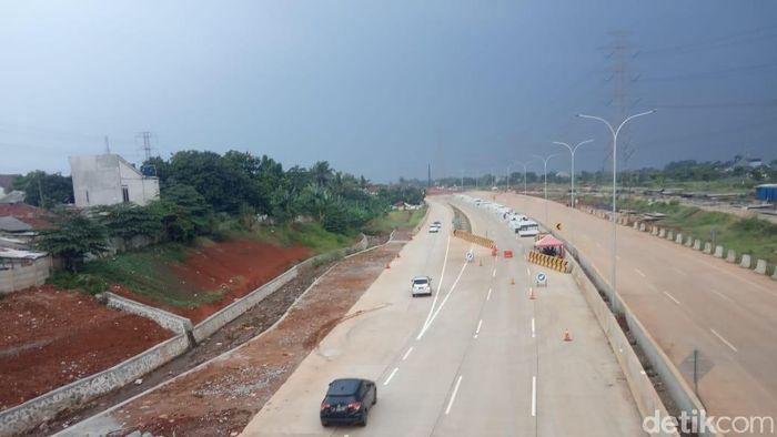 Tol Desari ruas Brigif-Sawangan/Foto: Herdi Alif Al Hikam/detikcom