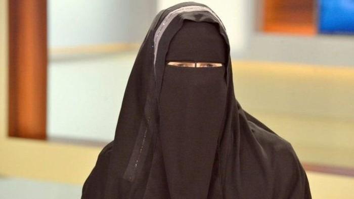 Ilustrasi wanita pakai niqab atau cadar. Foto: BBC World