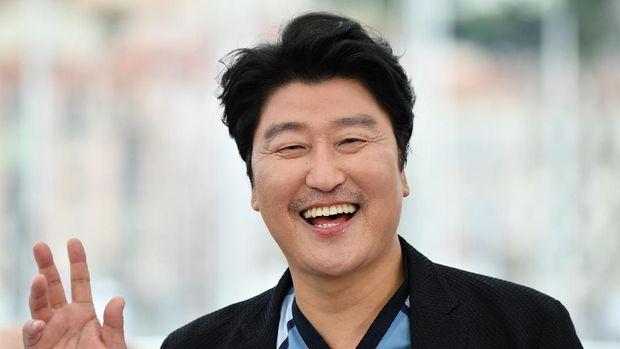 Salah satu aktor kenamaan yang bermain di Parasite adalah Song Kang-ho.