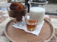 Popolo: Santai Menikmati Caffe Cubo dan Brownies di Rumah Kaca Mungil