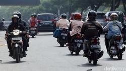 Ciri-ciri Pemotor Newbie yang Harus Diwaspadai di Jalan
