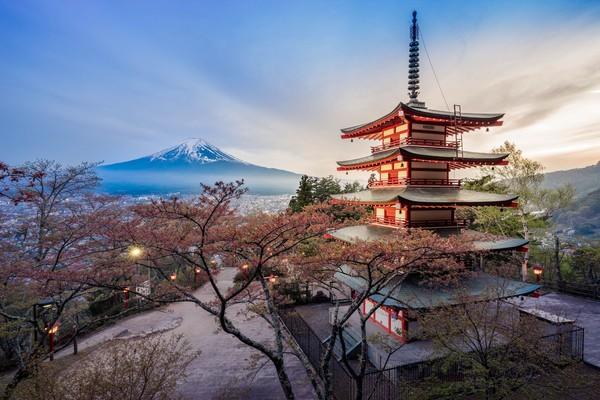 Gunung Fuji bukan hanya gunung yang tertinggi di Jepang, tetapi juga yang paling ikonik. Belum ke Jepang kalau belum ke Gunung Fuji. (iStock)