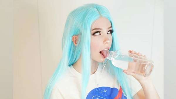 Usai Air Bekas Mandinya Laris, YouTuber Belle Delphine Jual Apalagi?