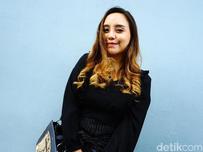 Salmafina , putri Sunan Gunung Jati saat ditemui di studio Trans TV.