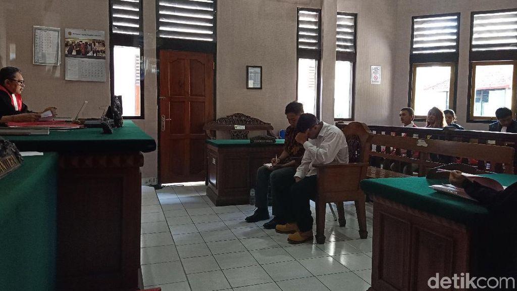 WN Aljazair Pencuri Kamera Turis Jerman di Bali Divonis 9 Bulan Bui