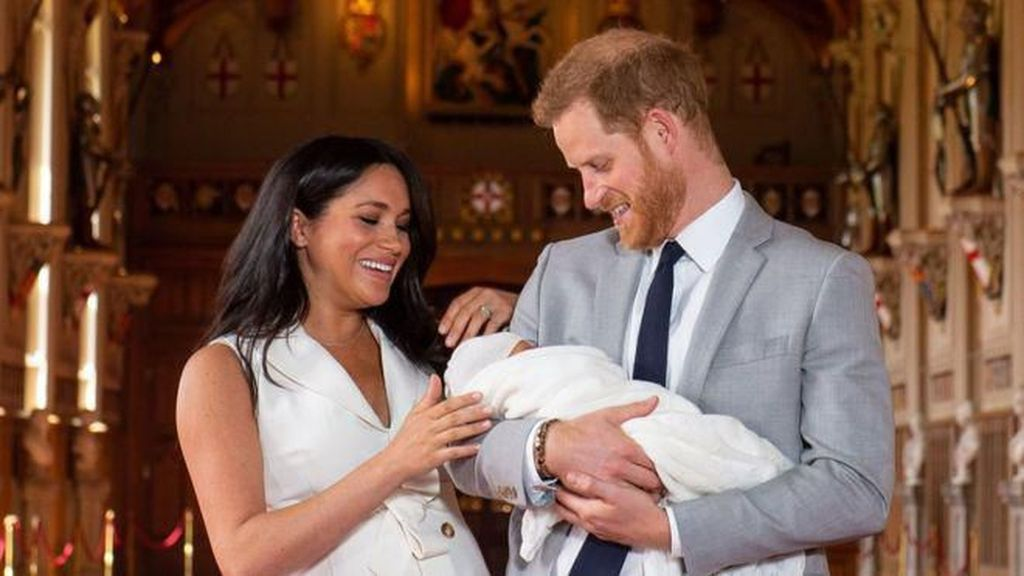 Perfeksionis, Meghan Markle Pecat Baby Sitter