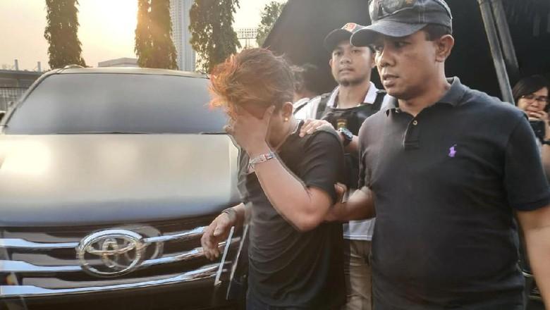 Polisi Tangkap Pria Diduga Copet di Tengah Laga Persija Vs Persib