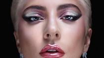 Promo Makeup, Lady Gaga Pakai Anting Rinaldy Yunardi