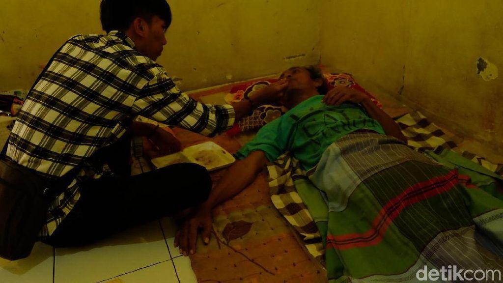 Asep Penderita Stroke di Karawang Tak Lagi Tidur di Gubuk Pemakaman