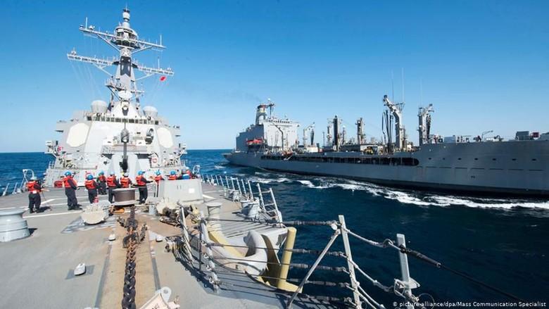 Iran Sita Kapal dan Tangkap 12 Warga Filipina di Selat Hormuz