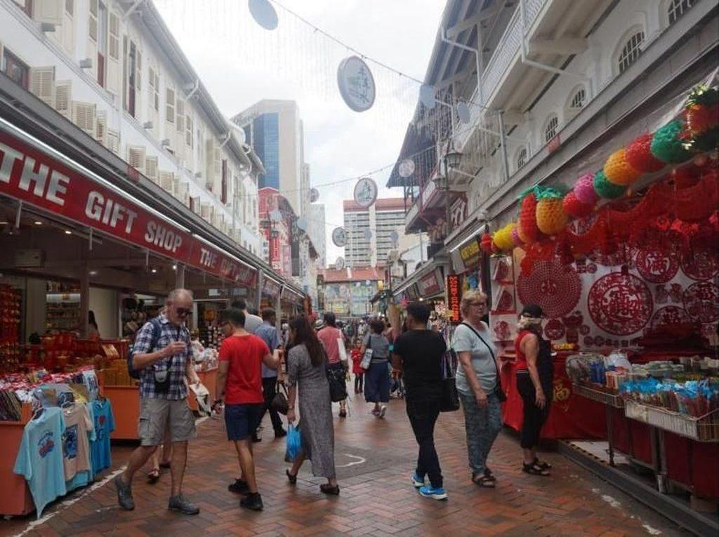 Chinatown, Surganya Oleh-oleh Khas Singapura