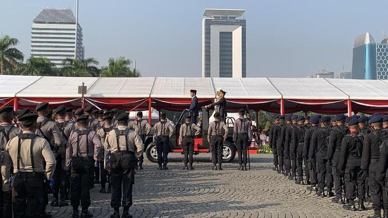 Jokowi: Tantangan Polri Makin Kompleks, Terorisme-Radikalisme Ancaman Serius