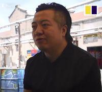 Kafe Ini Beri Es Krim Gratis Bagi Anak yang Kumpulkan Puntung Rokok