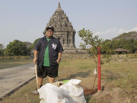 Peduli Lingkungan, Igor 'Saykoji' Kurangi Sampah Plastik