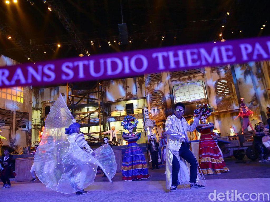 Trans Studio Cibubur, Spektakuler!