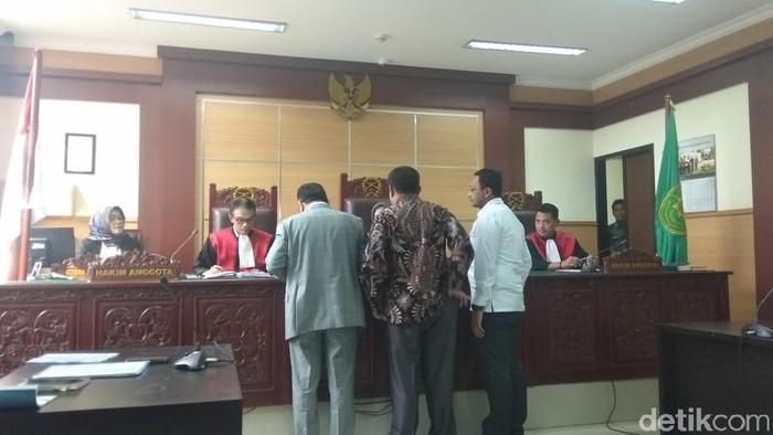 Suasana persidangan di PN Tangerang (Foto: Yulida Medistiara/detikcom)