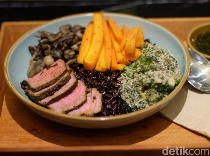 Salah satu menu di Super Grain Grand Indonesia. (Foto: Daniel Ngantung/Wolipop)