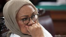 Ratna Sarumpaet Gigit Jari di Pengadilan Tinggi