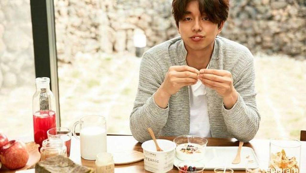 Baru Ulang Tahun ke-40, Ini Manisnya Gong Yoo Kala Makan Es Krim