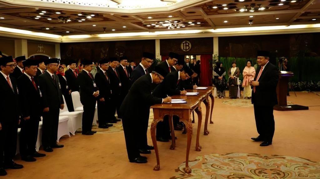 Ini Daftar 22 Pejabat yang Dilantik Gubernur Bank Indonesia